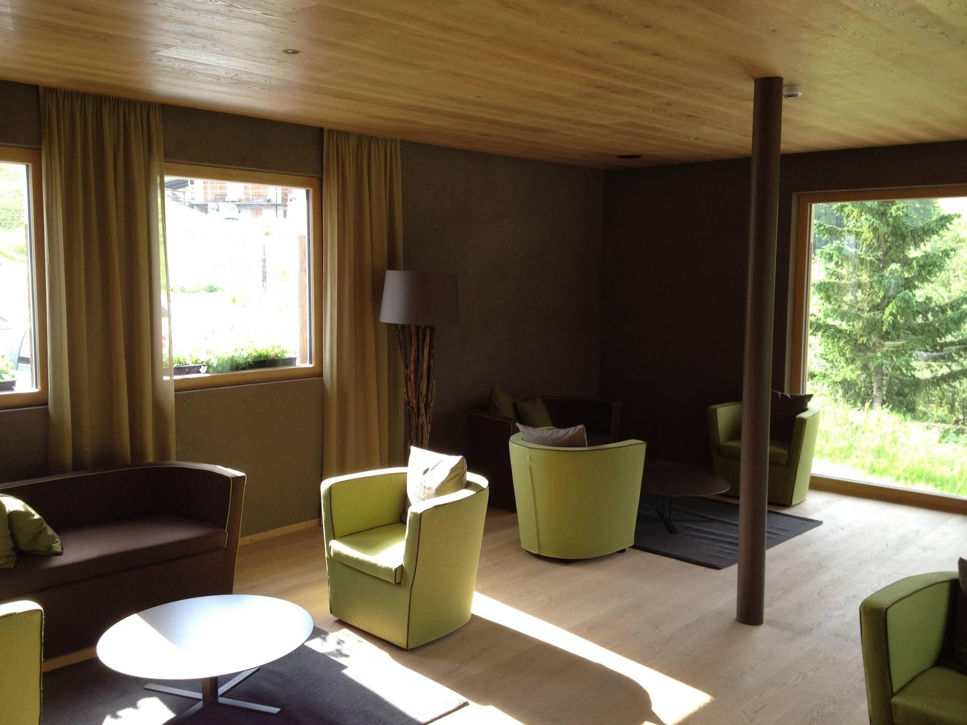 ihr hoteleinrichter in s dtirol selectiv hotelausstattung. Black Bedroom Furniture Sets. Home Design Ideas
